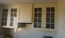 кухонные шкафы со стеклом
