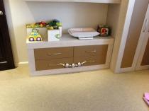 Комод с 4-мя ящикам для детской комнаты